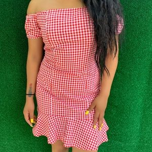 Off shoulder dress with bottom skirt! Casual.